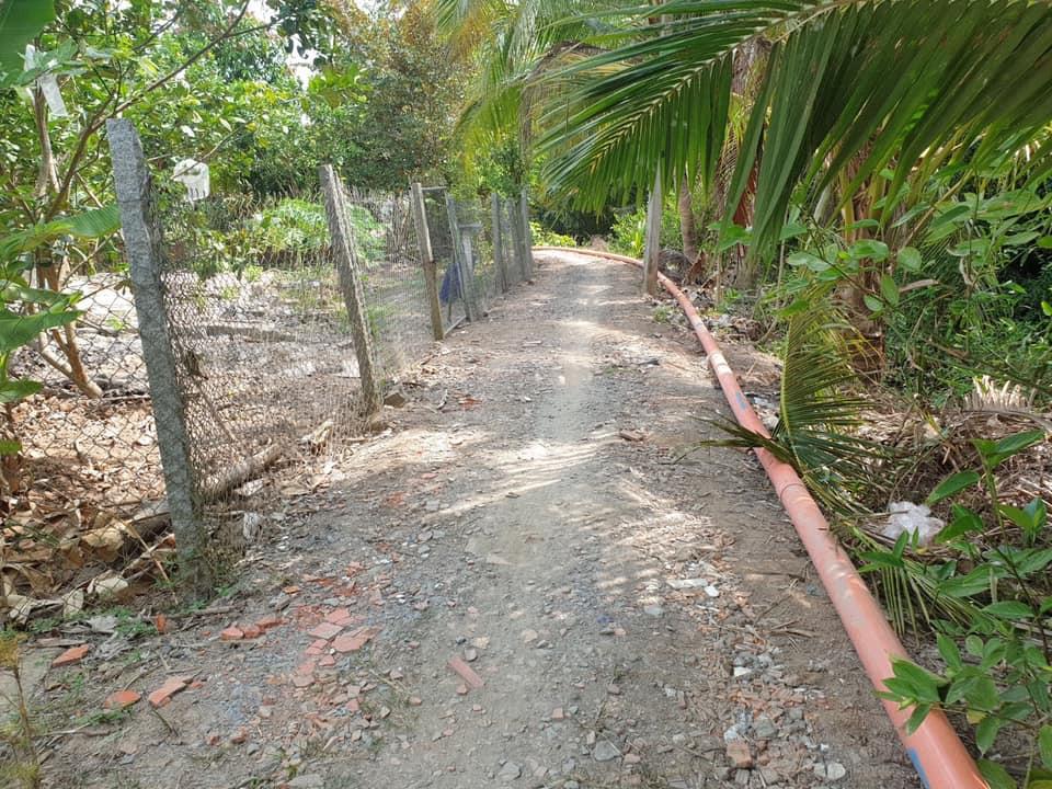 Mua đất tặng luôn 2 căn nhà cấp 4 còn mới tinh tươm dọn vào ở thôi
