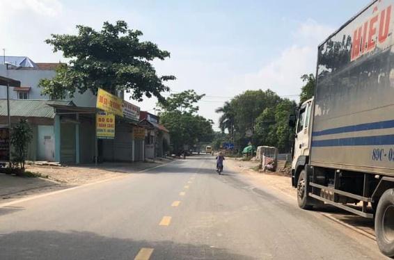 Đất đẹp trục chính TL302 thuộc xã Hương Sơn