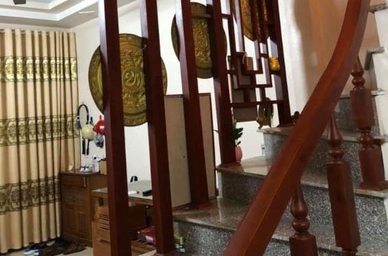 Sang lại căn 3 tầng phường Lộc Vượng