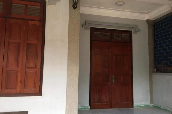 Nhà 2 tầng kiên cố sạch sẽ cần bán, thuộc phường Quán Bàu